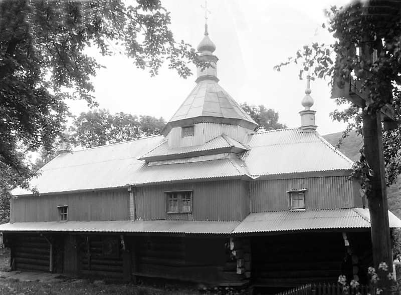 Церква св.Кузьми і Дем'яна Сокирчин